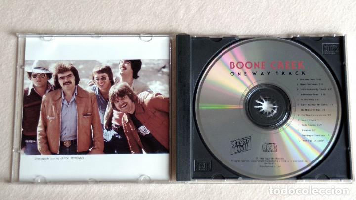 CDs de Música: BOONE CREEK - One Way Track - CD. Sugar Hill Records. 1991 - Foto 2 - 133906926