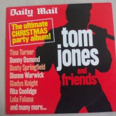 CDs de Música: TOM JONES AND FRIENS. THE ULTIMATE CHRISTMAS PARTY ALBUM. CD. DAILY MAIL. . Lote 140329506