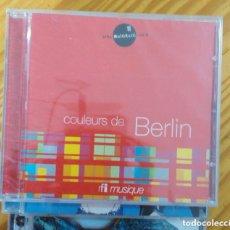 CDs de Música: CD COULEURS DE BERLIN JOSE MIGUEL LOPEZ LOS SONIDOS DE DISCOPOLIS LIBRO RFI FRANCE RADIO 3 RNE. Lote 144279936