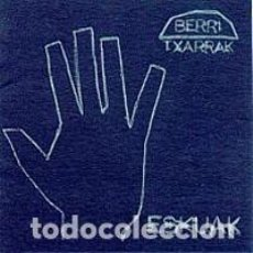 CDs de Música: BERRI TXARRAK - ESKUAK/UKABILAK - DIGIPAK. Lote 144495850