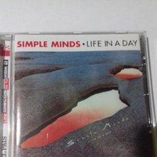 CDs de Música: SIMPLE MINDS. LIFE IN DAY. EN PERFECTO ESTADO.. Lote 147111714
