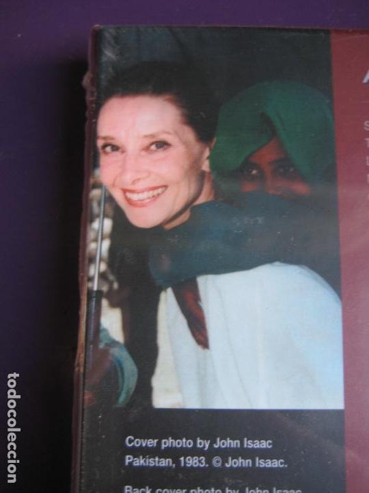 CDs de Música: ALL CHILDREN SCHOOL CD UNICEF - AUDREY HEPBURN - CAETANO VELOSO - PORTUONDO - DULCE PONTES 15 TEMAS - Foto 4 - 148000842