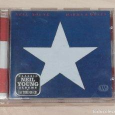 CDs de Música: NEIL YOUNG. HAWKS & DOVES.. Lote 148904834