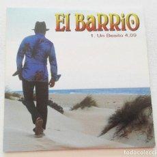 CDs de Música: EL BARRIO 'UN BESITO' CD SINGLE PROMO 2002 ME VOY AL MUNDO. Lote 155711770