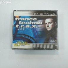 CDs de Música: FRANCE TECHNO. T.R.A.X. VOL. VOLUMEN 2. TRIPLE CD. 1999. TDKV30. Lote 166289146