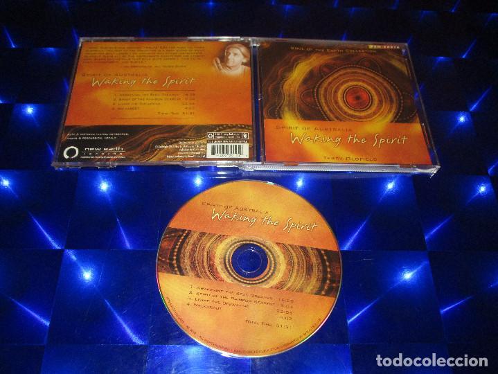 SPIRIT OF AUSTRALIA ( TERRY OLDFIELD ) - CD - NE 3010 - NEW EARTH - LIVING THE DREAMTIME ... (Música - CD's New age)