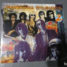 CDs de Música: TRAVELING WILDBURYS - VOLUME 1 & 3 + 2 BONUS TRACKS - CD - PRECINTADO. Lote 174418877