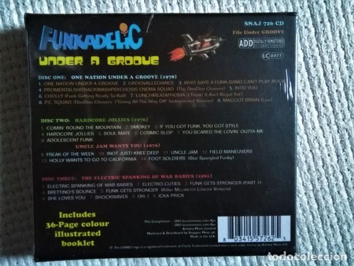 CDs de Música: FUNKADELIC - UNDER A GROOVE 3 CD + BOOKLET 36-PAGE BOX SET 2003 UK SEALED - Foto 2 - 174571975