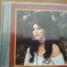 CDs de Música: EMMYLOU HARRIS ROSES IN THE SNOW CD BONUS TRACKS. Lote 175537643