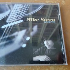 CDs de Música: MIKE STERN - GIVE AND TAKE. CD PERFECTO ESTADO. JAZZ.. Lote 175750139