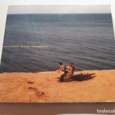 CDs de Música: ULRICH SCHNAUSS - FAR AWAY TRAINS PASSING BY - DIGIPACK - 2001. Lote 176610214
