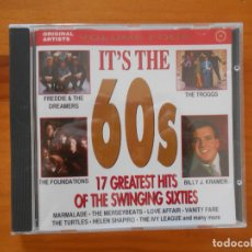 CDs de Música: CD IT'S THE 60S - FREDDIE & THE DREAMERS, THE TROGGS, THE FOUNDATIONS, BILLY J. KRAMER... (9Q). Lote 180464252