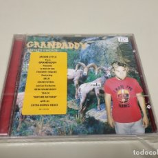 CDs de Música: JJ11- GRANDADDY BELOW THE RADIO CD NUEVO PRECINTO ALGO ROTO LIQUIDACIÓN!. Lote 182878407