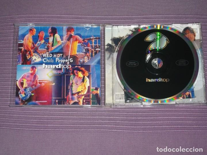 CDs de Música: * Red Hot Chili Peppers : ( Hard Top - Live 1999/2002 - Pablo Records - 2002 - 15 Tracks ) * - Foto 3 - 183596268
