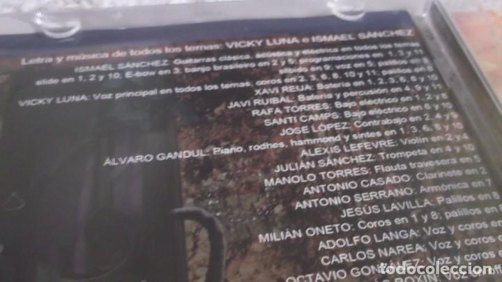 CDs de Música: CD - ISMAEL SÁNCHEZ Y VICKY LUNA - CHEZ LUNA - 2011 - Foto 3 - 189878661
