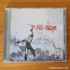 CDs de Música: OBRINT PAS -CD- LA FLAMA. Lote 194262218