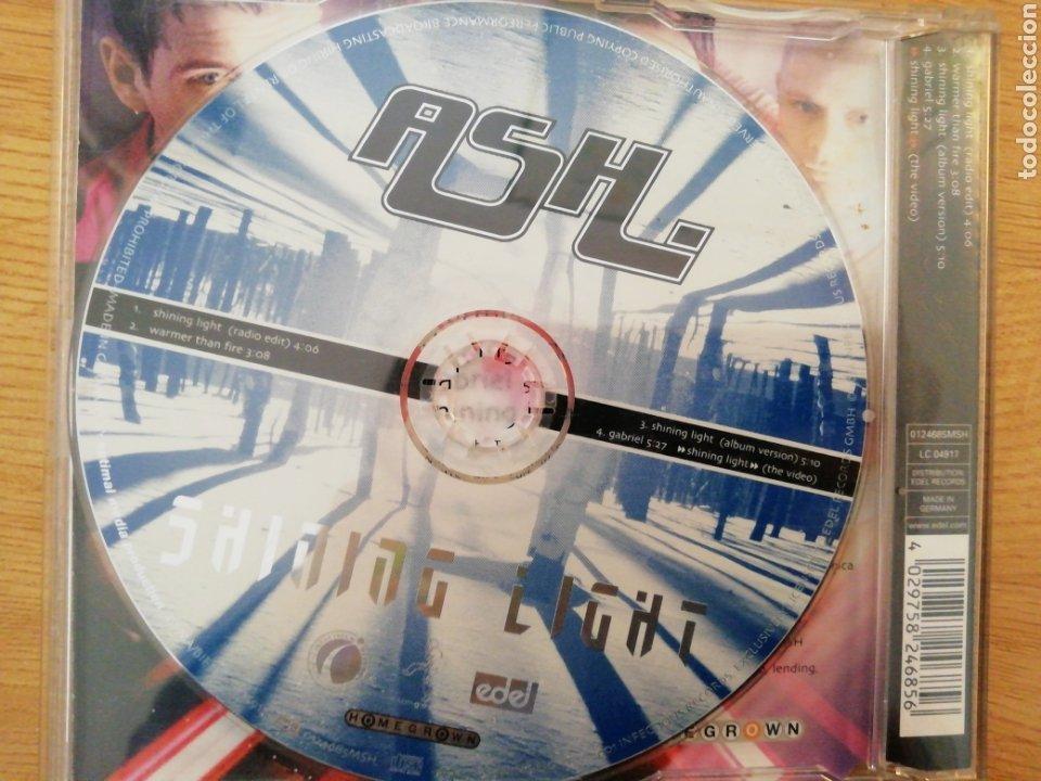CDs de Música: ASH. Shining Light. - Foto 2 - 200043110