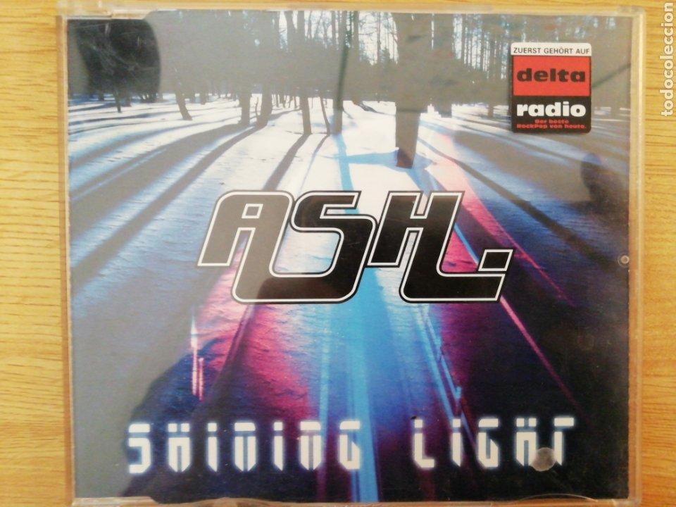 ASH. SHINING LIGHT. (Música - CD's Rock)