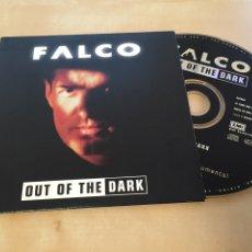CDs de Música: FALCO - OUT OF THE DARK - CD SINGLE. Lote 201243553