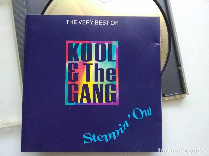 CD KOOL & THE GANG, STEPPIN´OUT (THE VERY BEST OF), UK 1992, (VG+_VG+) (Música - CD's Pop)