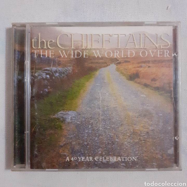 THE CHIEFTAINS. THE WIDE WORLD OVER. A 40 YEAR CELEBRATION. 2002. NO PROBADO. (Música - CD's Country y Folk)