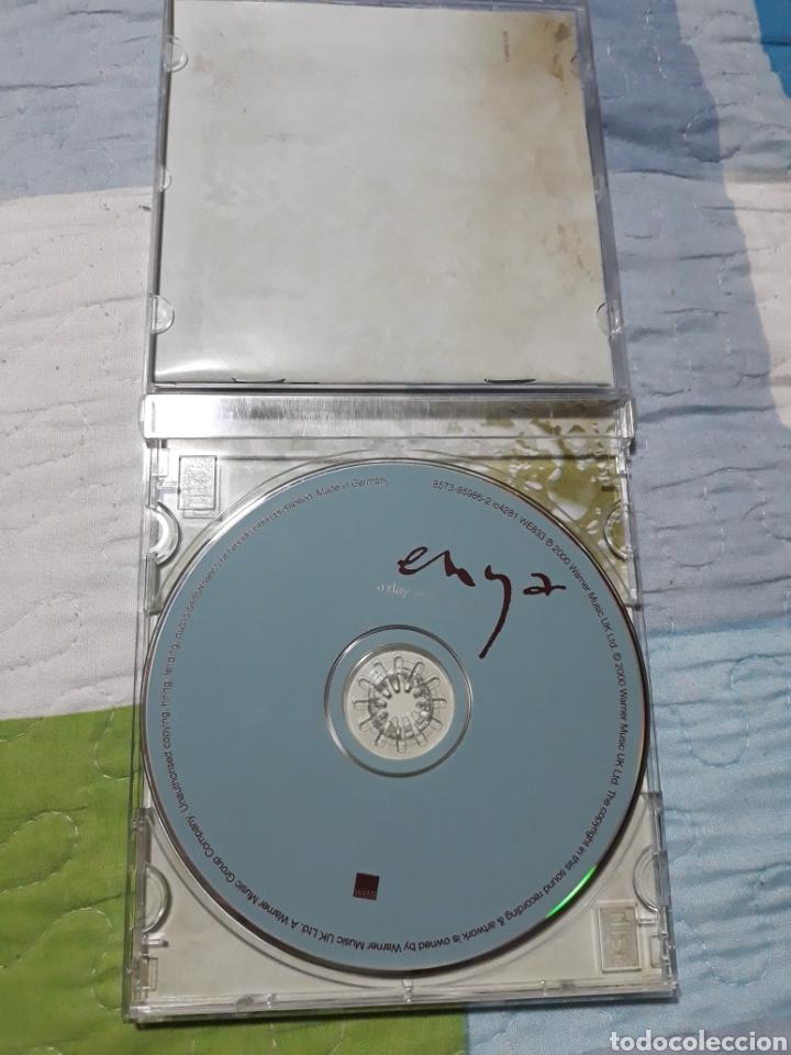 CDs de Música: CD ENYA A DAY WHITHOUT RAIN - Foto 2 - 207889936