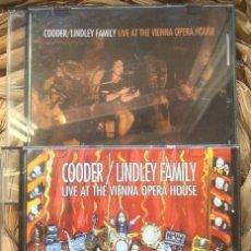 CDs de Música: COODER / LINDLEY FAMILY - LIVE AT THE VIENNA OPERA HOUSE - 2CD AUTOEDICIÓN 2005. Lote 215774861