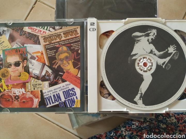 CDs de Música: Elton John grandes éxitos 1970-2002 ,2 CDs nuevo - Foto 3 - 216362285