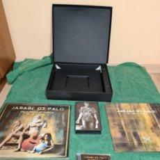 CDs de Música: CAJA DE PROMOCION DEL DISCO DE JARABE DE PALO. DE VUELTA Y VUELTA. Lote 221124416