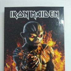 CDs de Música: CD BOX METAL/IRON MAIDEN/THE BOOK OF SOULS-LIVE CHAPTER/DOBLE CD + LIBRO.. Lote 221284148