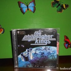CDs de Música: THE PHILOSOPHER KINGS - FAMOUS RICH AND BEAUTIFUL - FIRMADO POR LOS ARTISTAS - CD. Lote 221659635
