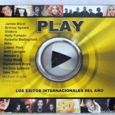 CDs de Música: CD PLAY ,LOS EXITOS INTERNACIONALES DEL AÑO, COMPILATION 2 CD'S, WARNER , 2007, 5051442565928. Lote 221672235