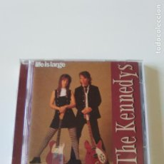 CD de Música: THE KENNEDYS LIFE IS LARGE ( 1996 GREEN LINNET USA ) ROGER MCGUINN BYRDS STEVE EARLE NILS LOFGREN. Lote 226387575