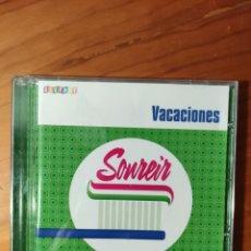 CDs de Música: CD VACACIONES. SONREÍR. ELEFANT RECORDS. Lote 232072915