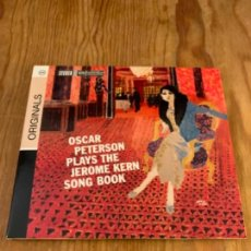 CDs de Música: OSCAR PETERSON PLAYS THE JEROME KERN SONGBOOK (CD). Lote 245586655
