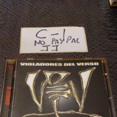 CDs de Música: CD HIP HOP VIOLADORES DEL VERSO GENIOS DOBLE V CD OK CAJA ALGO AMARILLENTA. Lote 251493195
