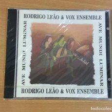CDs de Música: CD DE RODRIGO LEAO & VOX ENSEMBLE - AVE MUNDI LUMINAR. CBS, 1993. PRECINTADO. Lote 257338630