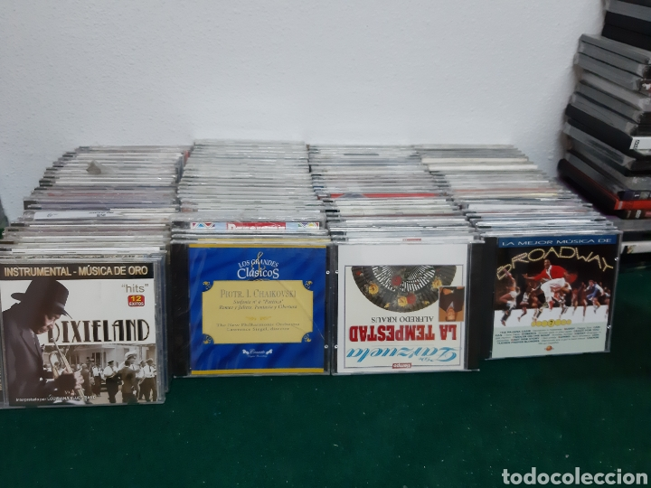 UN LOTE DE 116 CD DE MÚSICA VER FOTOS (Música - CD's World Music)