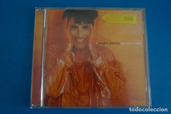 CD DE MUSICA SERGIO DALMA DE OTRO COLOR AÑO 2003 Nº 397 (Música - CD's Otros Estilos)
