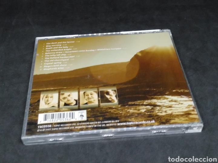 CDs de Música: WATERSON : CARTHY - A DARK LIGHT - 2002 - CD - DISCO VERIFICADO - Foto 2 - 287628763