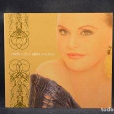 CDs de Música: ROCÍO DÚRCAL - ALMA RANCHERA - CD. Lote 289254688