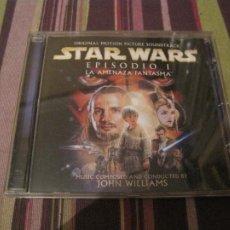 CDs de Música: CD STAR WARS LA AMENAZA FANTASMA JOHN WILLIAMS + CARATULA DESPLEGABLE EN MINI POSTER BANDA SONORA. Lote 289671118