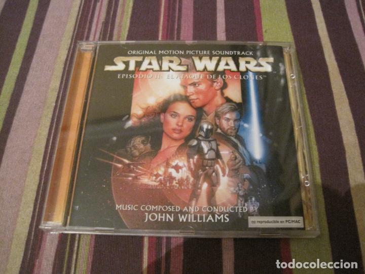 CD STAR WARS AL ATAQUE DE LOS CLONES JOHN WILLIAMS CARATULA DESPLEGABLE BANDA SONORA (Música - CD's Bandas Sonoras)