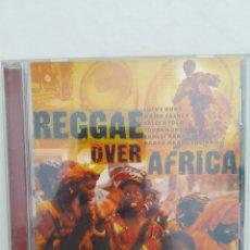 CDs de Música: REGGAE OVER AFRICA, CD COMPILACION. Lote 293417418