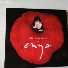 CDs de Música: ENYA, THE VERY BEST OF ENYA, CD DE CARTON. Lote 295035478