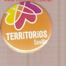 Música de colección: CHAPA DEL FESTIVAL TERRITORIOS SEVILLA.. Lote 2279264