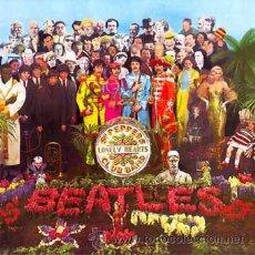 Música de colección: BEATLES: SARGENTO PIMIENTA. FOTO CARTEL PROMOCION DEL DISCO UK REALIZADA EN TABLA DE 60 X 60 CM.. Lote 27433419