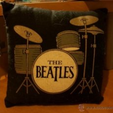 Música de colección: COJIN THE BEATLES 14 CM X 14 CM. Lote 46837576