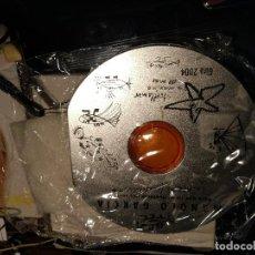 Música de colección: MANOLO GARCIA,- PORTA CDS METÁLICO PRECINTADO. ESTUCHE DE SU GIRA 2004. DEL DISCO PARA QUE NO DUERM. Lote 79261053