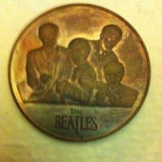 Música de colección: BEATLES - MEDALLA. Lote 96565283